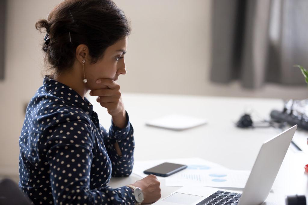 qualitative Inhaltsanalyse Checkliste abarbeiten